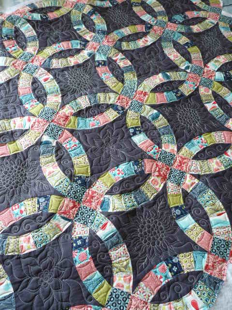 Sewing Quilt Gallery Catching Up Double Wedding Ring Quilt Wedding Quilt Wedding Ring Quilt