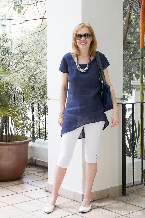 eee0e1e4a13361 White capri leggings with blue asymmetrical top | 40plusstyle.com ...