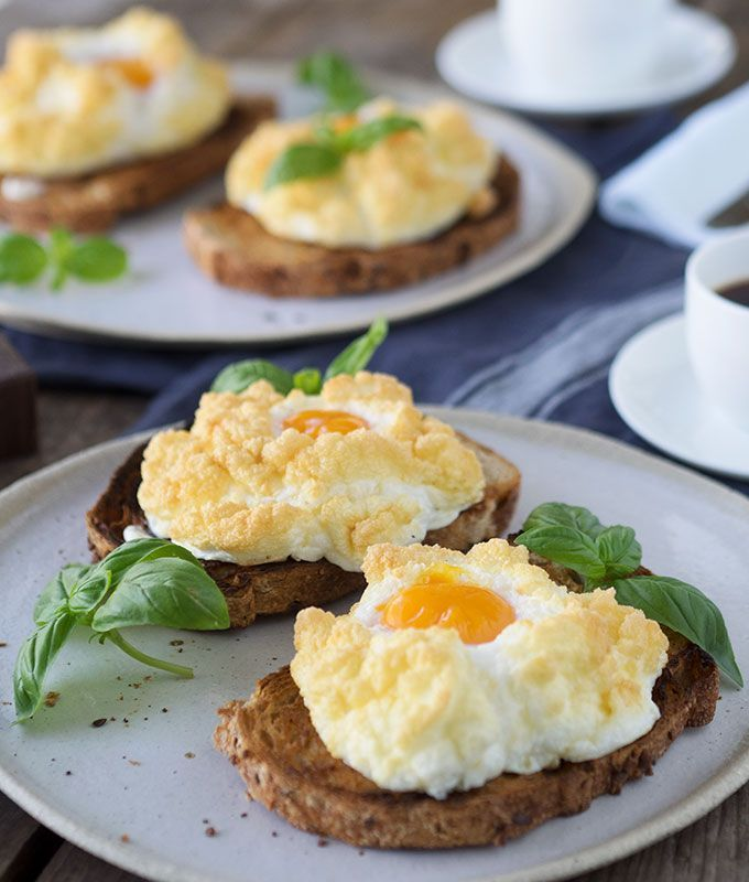What are cloud eggs? They are the perfect light and fluffy breakfast egg dish. Baked and not fried which means they are healthier for you, and low in fat. #cloudeggs What are cloud eggs? They are the perfect light and fluffy breakfast egg dish. Baked and not fried which means they are healthier for you, and low in fat. #cloudeggs What are cloud eggs? They are the perfect light and fluffy breakfast egg dish. Baked and not fried which means they are healthier for you, and low in fat. #cloudeggs Wh #cloudeggs