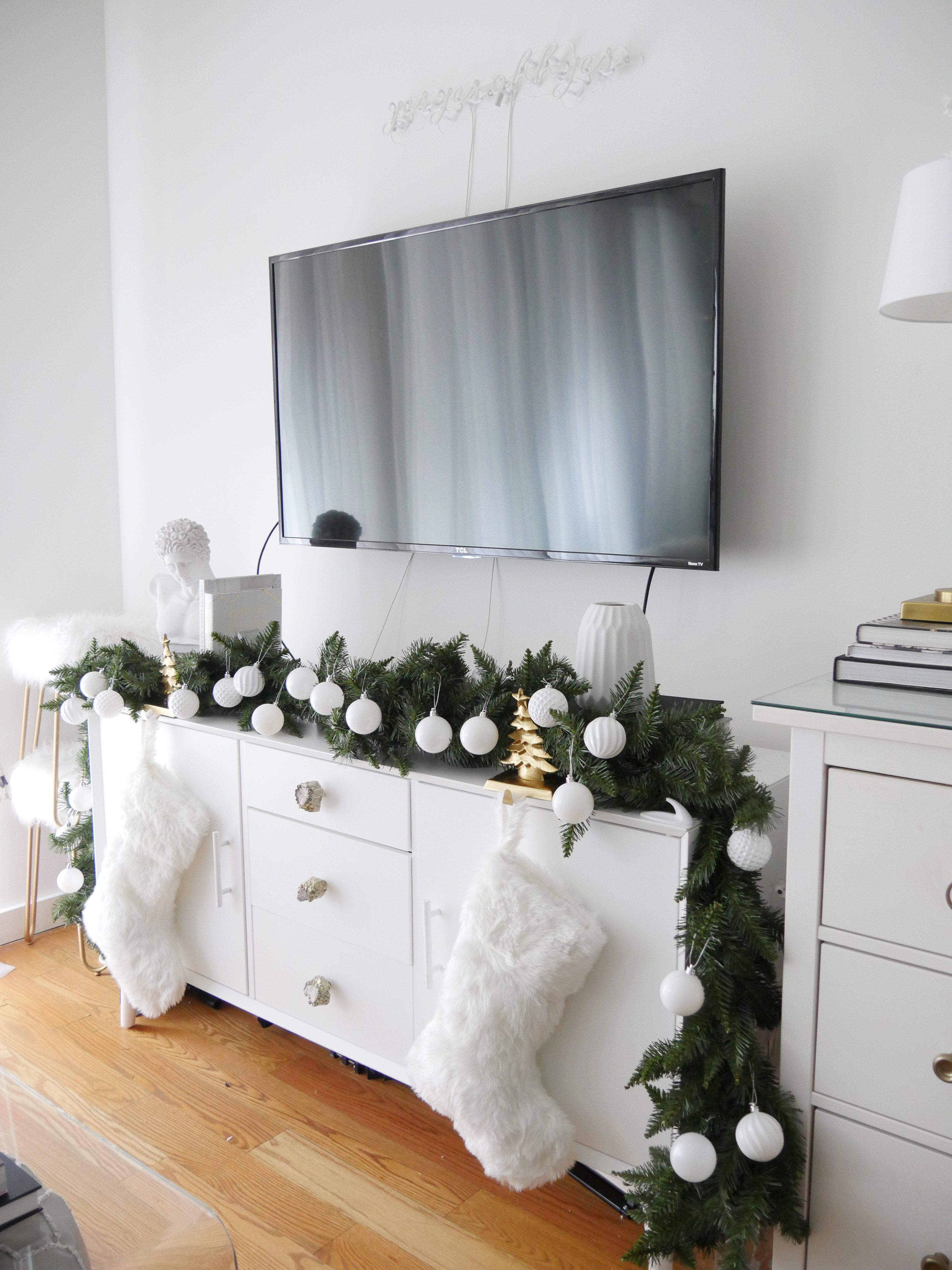How To Decorate For Christmas Without A Tree City Chic Decor Christmas Room Decor Christmas Decorations Apartment Christmas Apartment Christmas decor for room