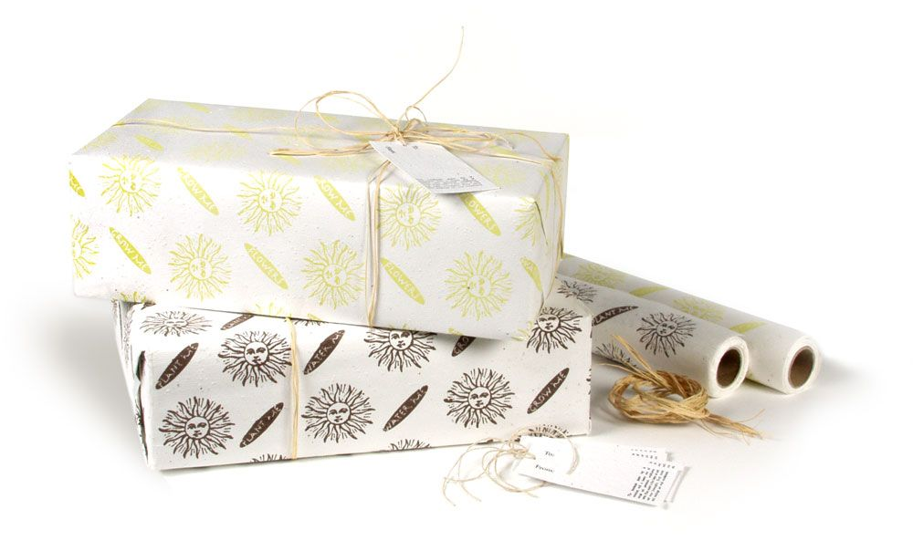 Blooming Wrapping Paper Wrapping Paper Embedded With Wildflower