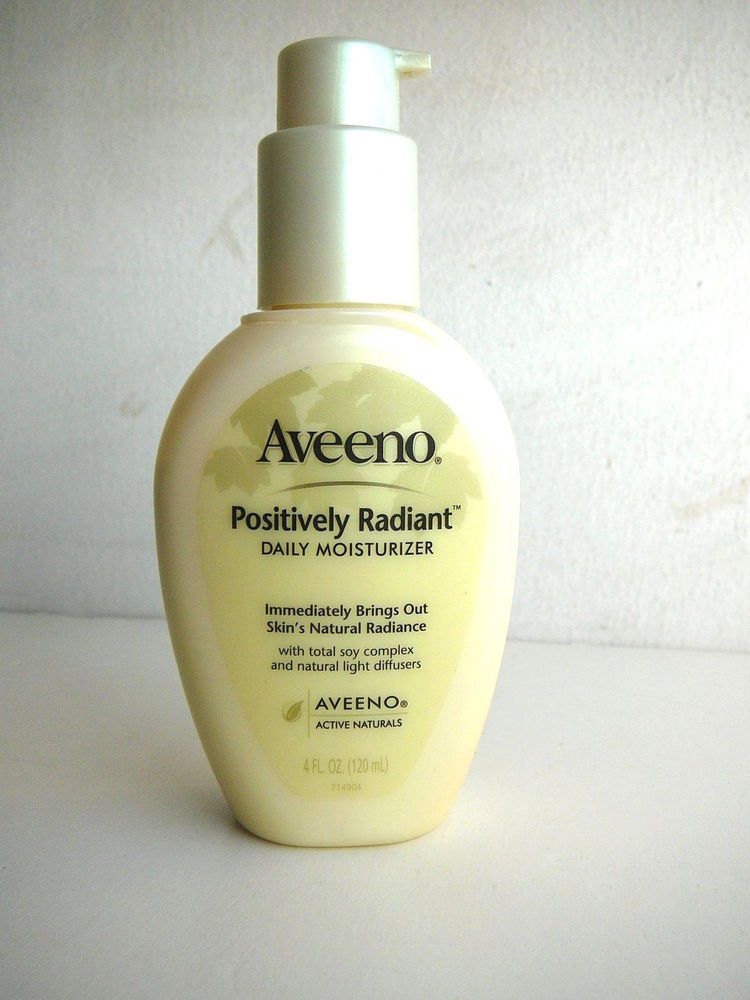 Aveeno positively smooth facial moisturizer with natural soy