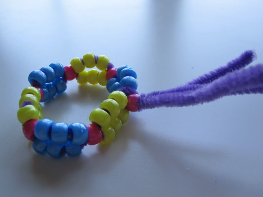 Pipe cleaners arts and crafts - Pony Bead And Pipe Cleaner Bracelet Blog Art Activities Fun Crafts Project Ideas