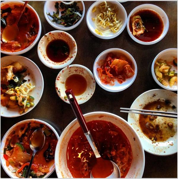 A Traditional Korean Dinner   Bulgogi, Korean bbq, Korean ...