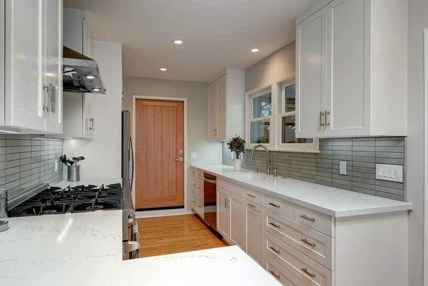 Best 27 Stylish Modern Galley Kitchens Design Ideas Small 400 x 300