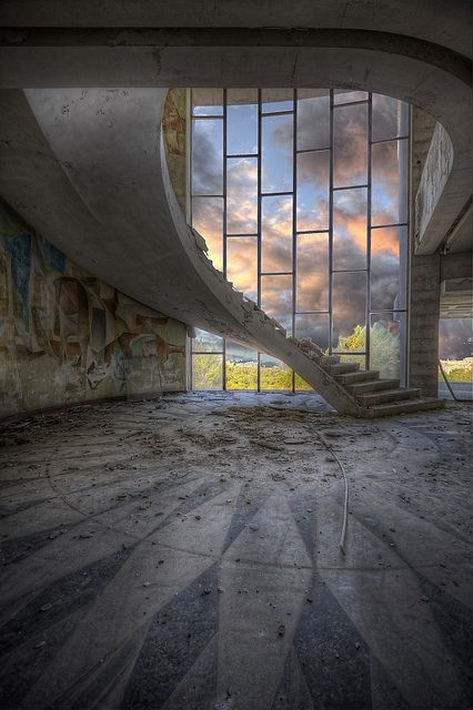 Floating Stair | Abandoned restaurant