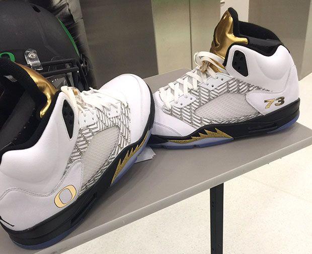 buy popular 16352 559fb Oregon Gets Their Own Gold Medal Air Jordan 5s | Air Jordans ...