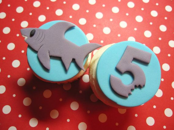 recipe: shark cupcake topper [19]