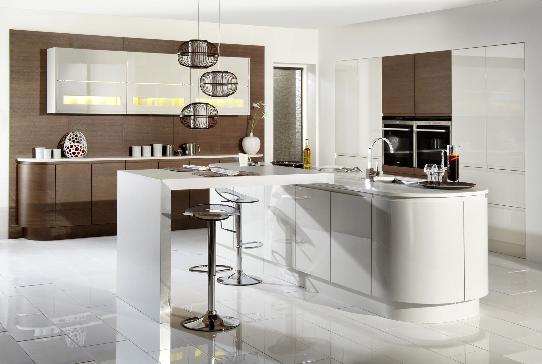 Fitted Kitchen This Fitted Kitchen Is A Combination Of Gloss Porcelain With Dark