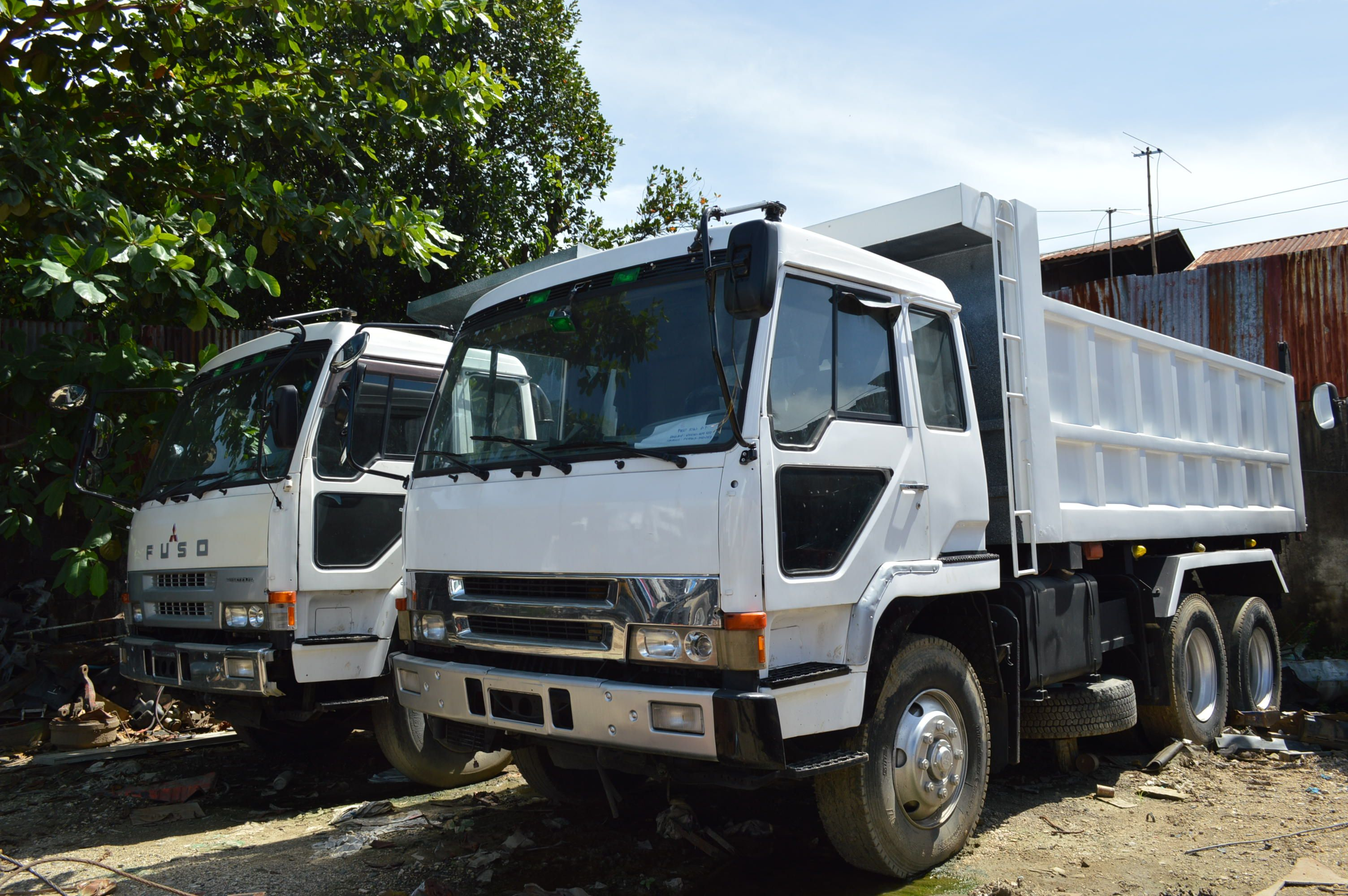 Fuso 10w dump truck japan surplus for sale engine 8dc9 price ask call