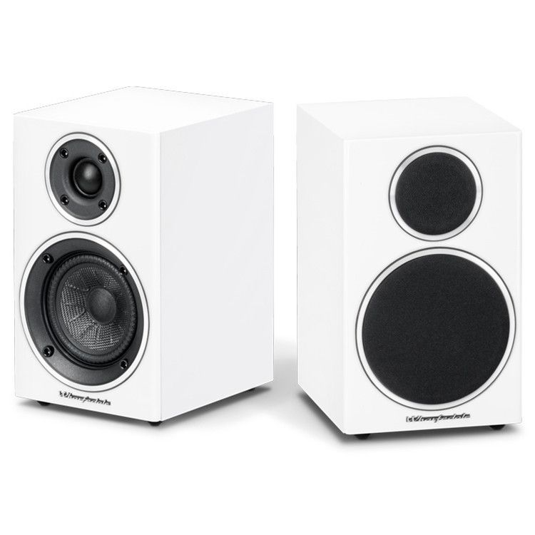 Wharfedale Diamond 210 Bookshelf Speakers Pair Bookshelf Speakers Speaker Audio Equipment