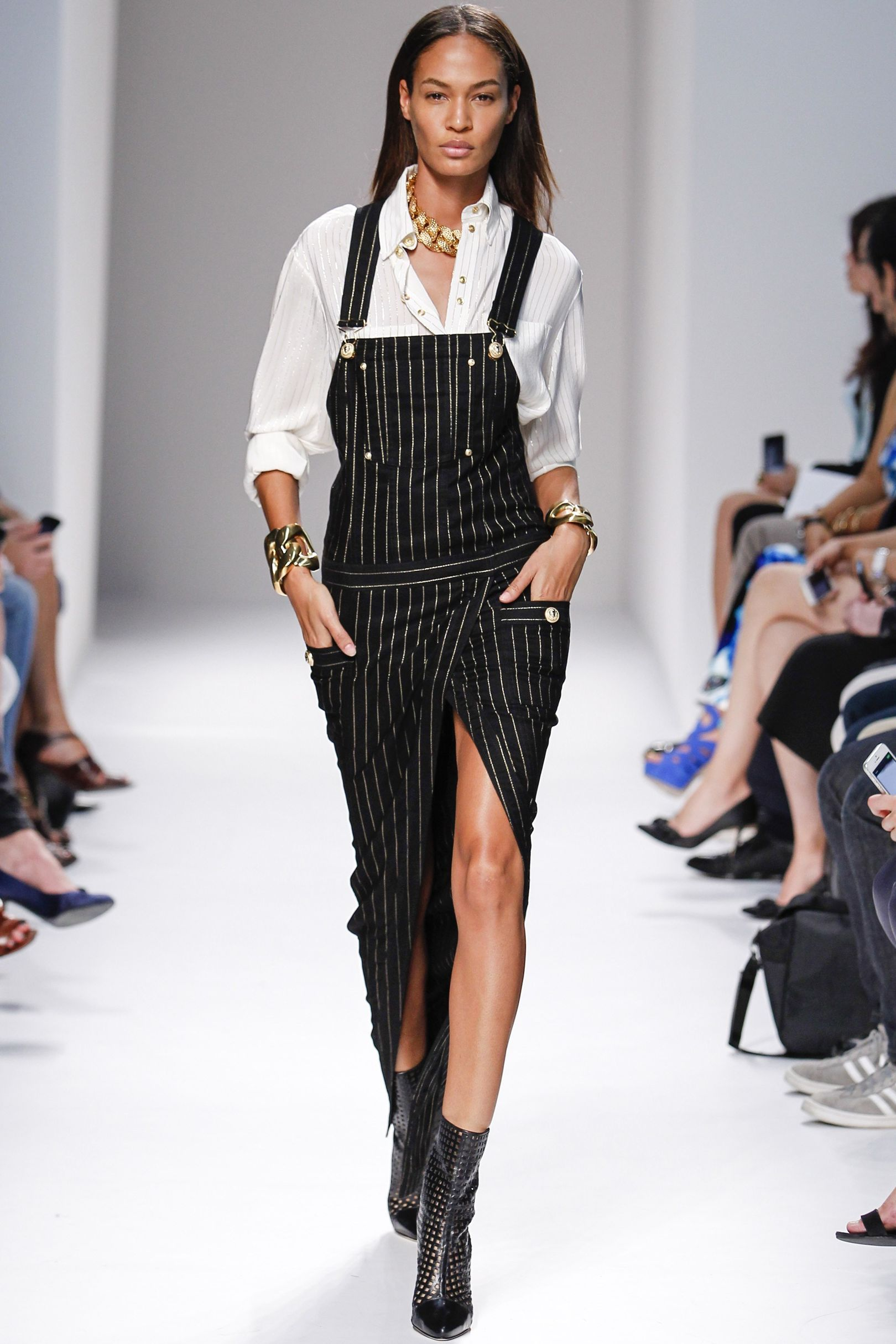 Joan Smalls Catwalk CV Paris fashion week, Fashion week