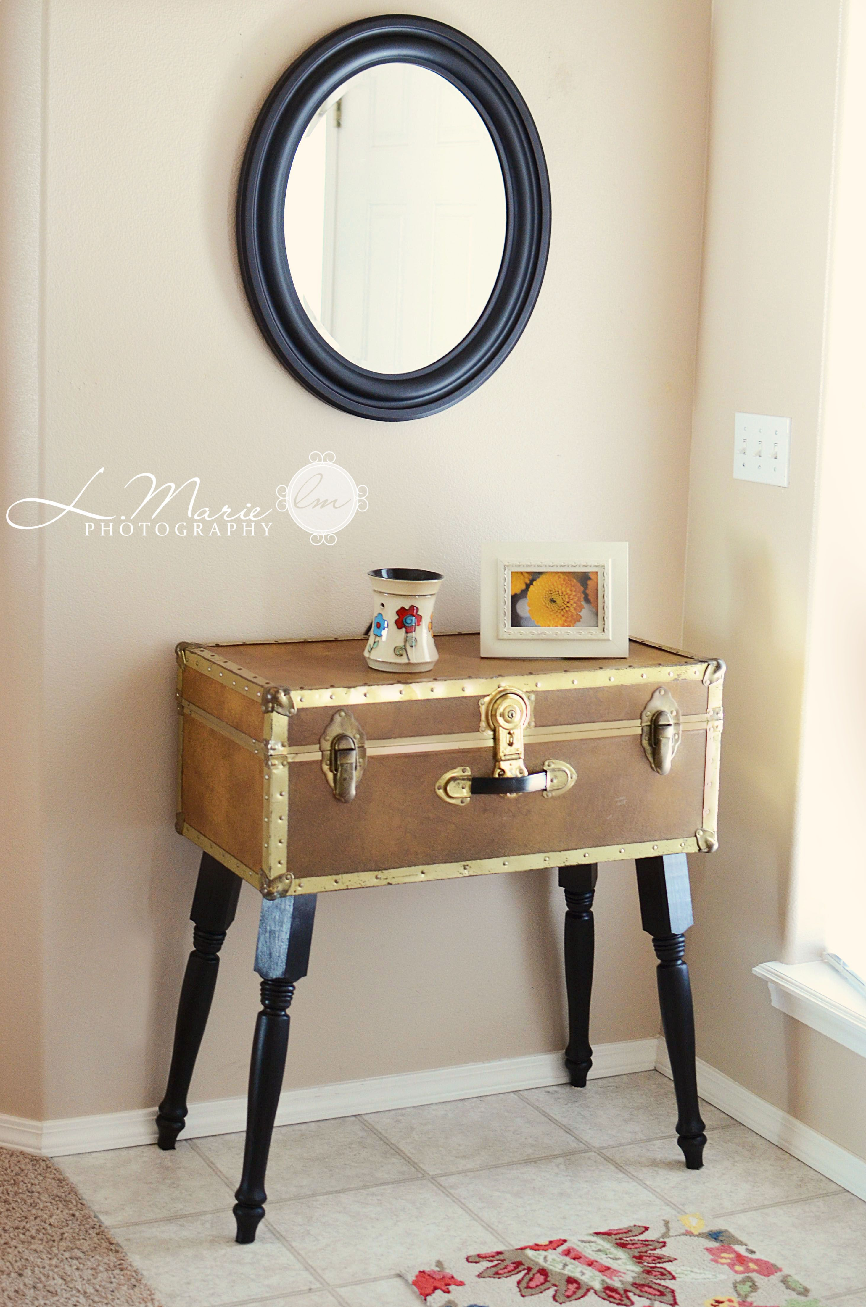 Diy suitcase table - Diy Table Made With An Old Trunk Very Cool