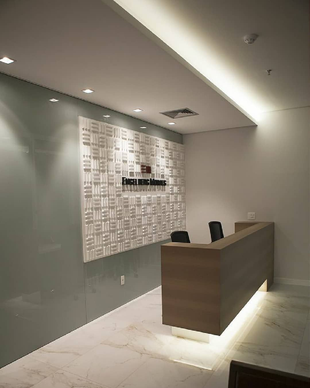 Madesign Adli Kullanicinin Clinic Interior Design Panosundaki Pin