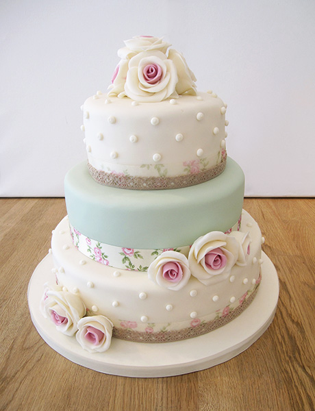 Pin By Laura Powell On Ideas Polka Dot Wedding Cake Vintage Cake Shabby Chic Cakes