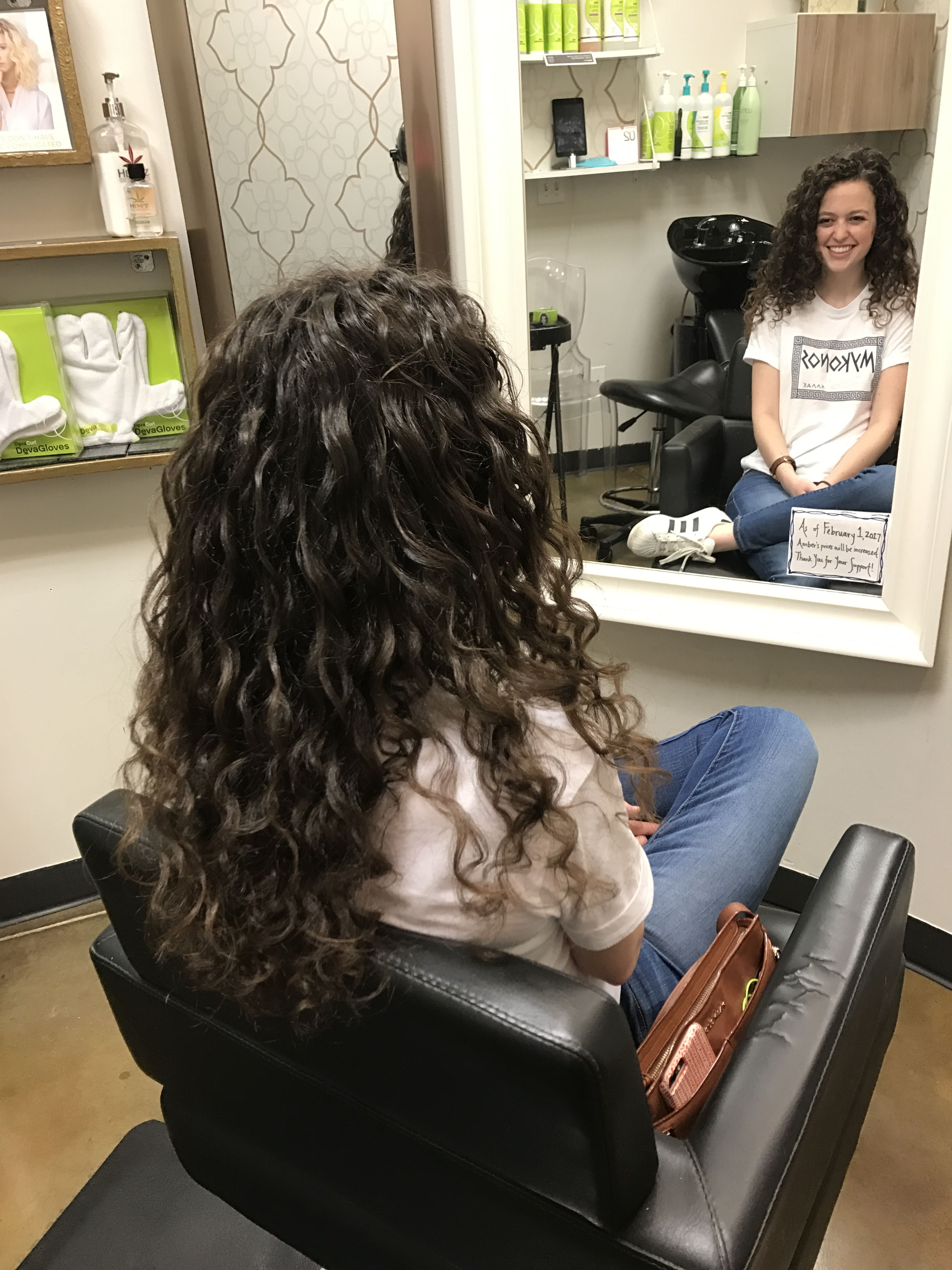 Pin By Pvy On Hair Salon Permed Hairstyles Loose Curls