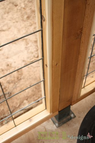 Hog Panel Deck Railing