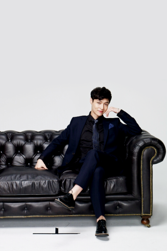 I am having some SERIOUSLY inappropriate thoughts about this man right now…… LAY. GODDAMN YOU.