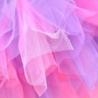 @stoffmetropole posted to Instagram: Tüll Stoffe- Ob schöne Röcke oder Karnevalskostüme, wir haben Tüll in vielen Farben für Dich im Shop. . . . . .  #stoffmetropole #nähenistwiezaubernkönnen #nähenisttoll #stoffe #tüll #nähenmachtglücklich #sew #nähen #textiles #fabrics #stoffe #pnlinesh #sewingproject #tüllstoff