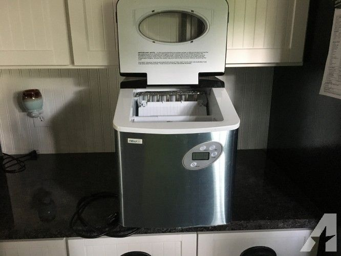 Retro Kühlschrank Pastellblau : Newair portable ice maker appliances pinterest