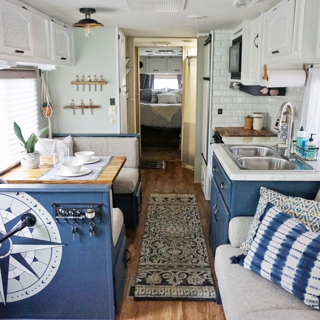 Rv Renovation Before After Interieur Camping Car Decoration Camping Car Et Campeurs Renovees