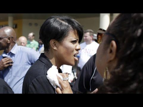 Baltimore Mayor Attacked By Black Woman