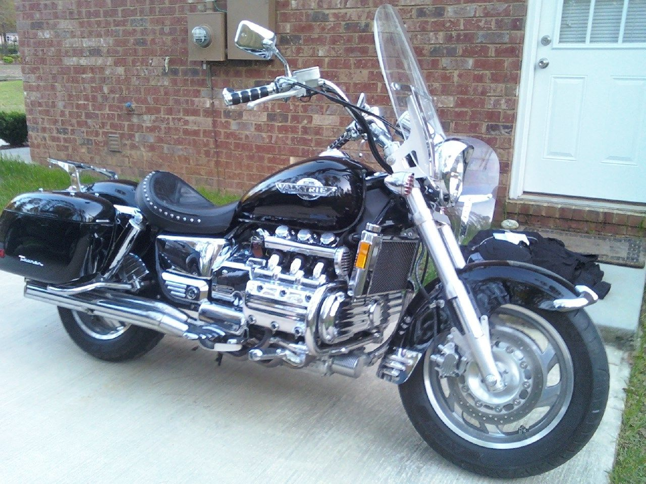 Honda valkyrie if i had a bike this would be it