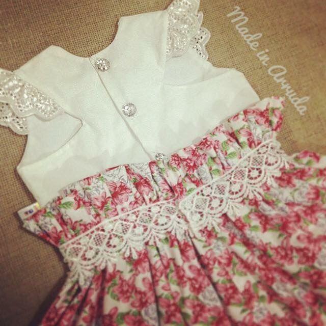 Vestido infantil todo romântico !