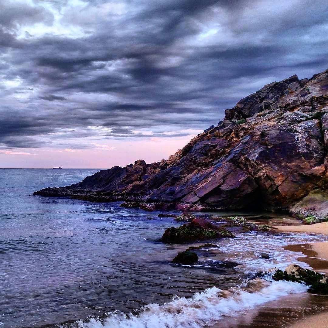 #Repost  Thanks! @silvia.hfe  Uno es de dónde se siente en casa. .  #lafosca #lafoscalovers #palamos #igerspalamos #palamosonline #costabrava #igers_costabrava  #costabravanews #girona #raconsde_girona #miparaiso #magicalplace #igerslafosca #catalunyaexperience #raconsde_catalunya #ok_catalunya  #elmeupetit_pais #cloudsunsea_cdm #scapemagazine #postalsdecatalunya #queboniceslemporda #instantaniacat #naturaleza_catalunya