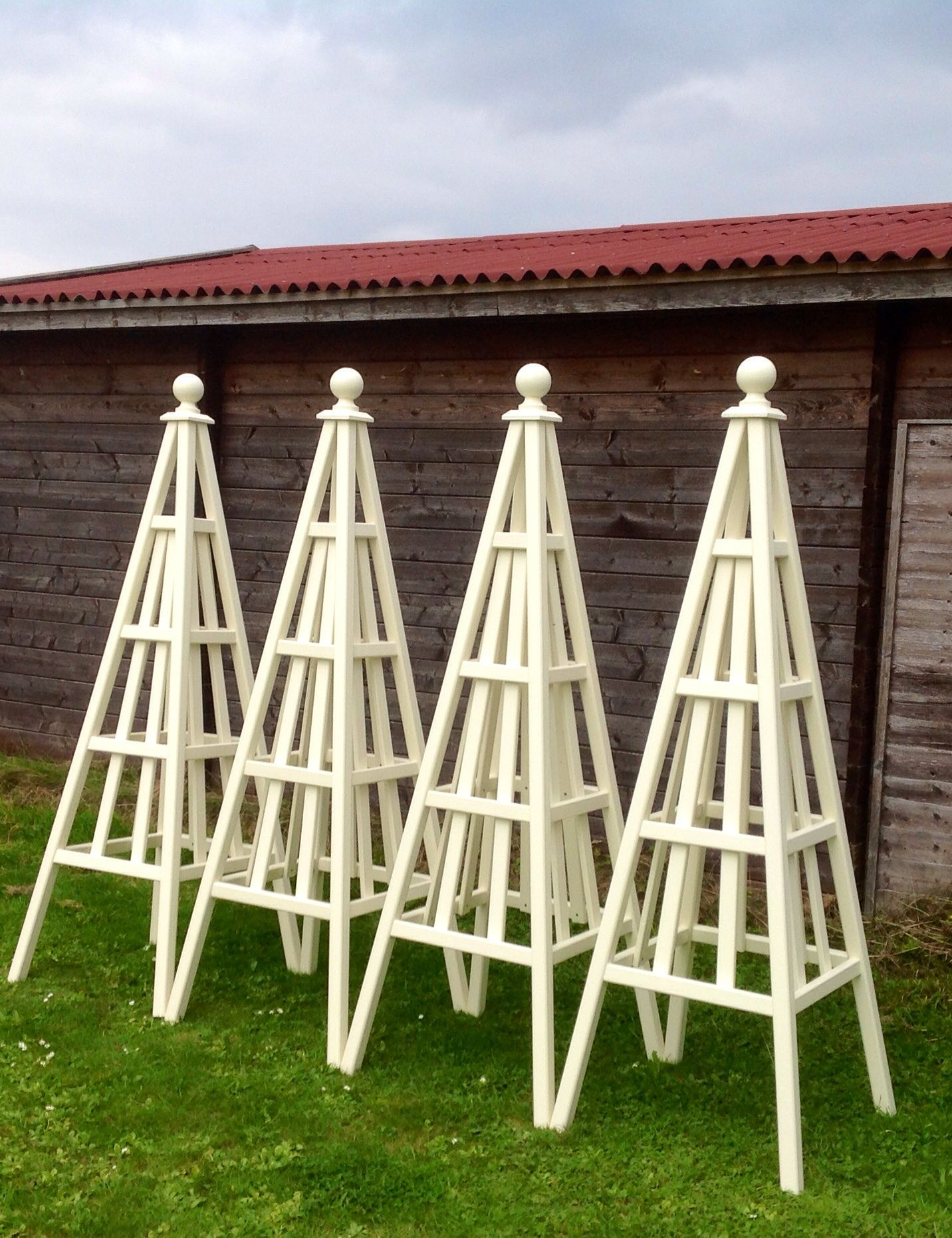 Painted Trellis Ideas Part - 39: 4 Sweet Pea Design Wooden Garden Obelisks Painted U0027New Whiteu0027 From Farrow U0026  Ball