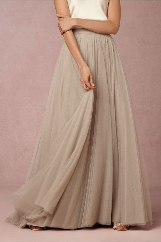 29 Non Traditional Fall Wedding Dresses For The Modern Bride Casual Wedding Dress Grey Wedding Dress Nontraditional Wedding Dress