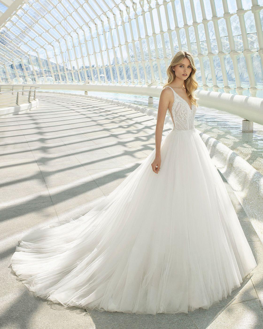 Brautmode  Wetzlar  Brautmoden Marie Bernal  Rosa clara wedding