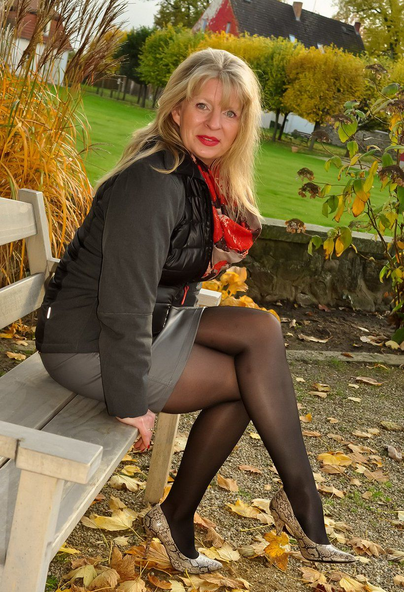 pantyhose gilf | hot mature ladies, milfs and gilfs | pinterest