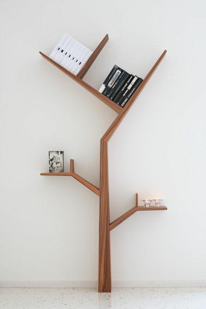 Bucherregal Selber Bauen Holz Baum Kerzen Bucher Diy Idee Schwarz Weisse Foto Bookshelves Diy Bookshelf Design Modern Bookcase