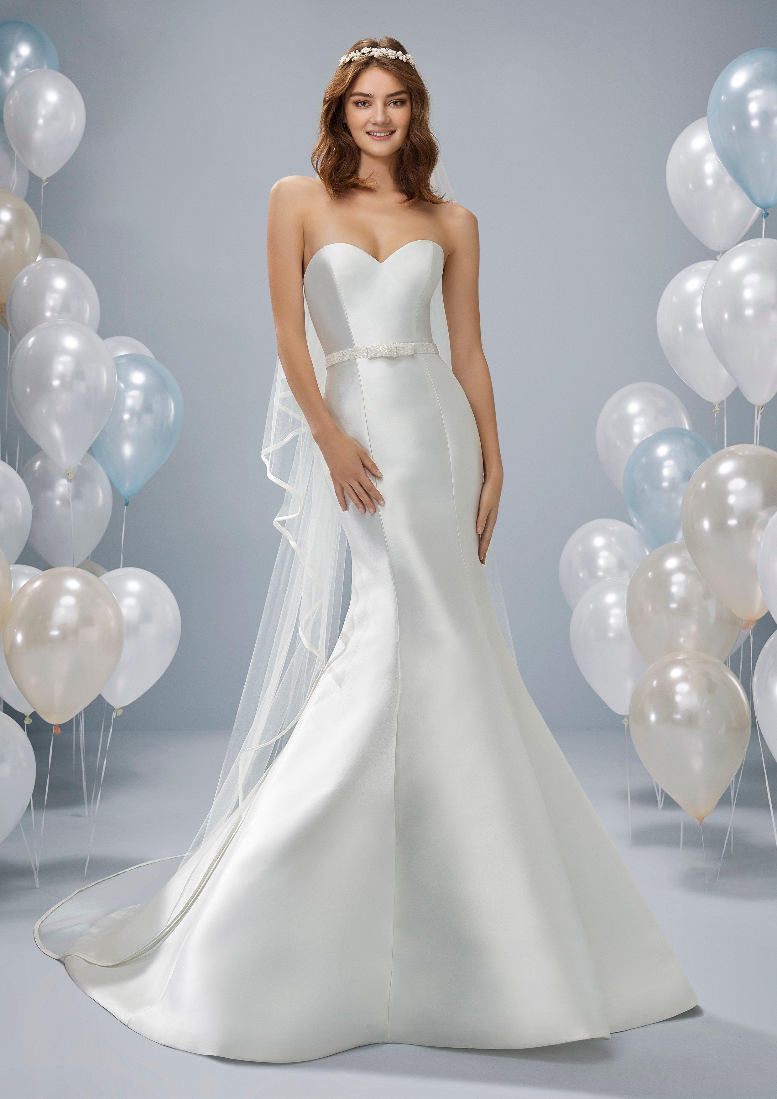 Beautiful plain satin mermaid strapless dress from Pronovias ...