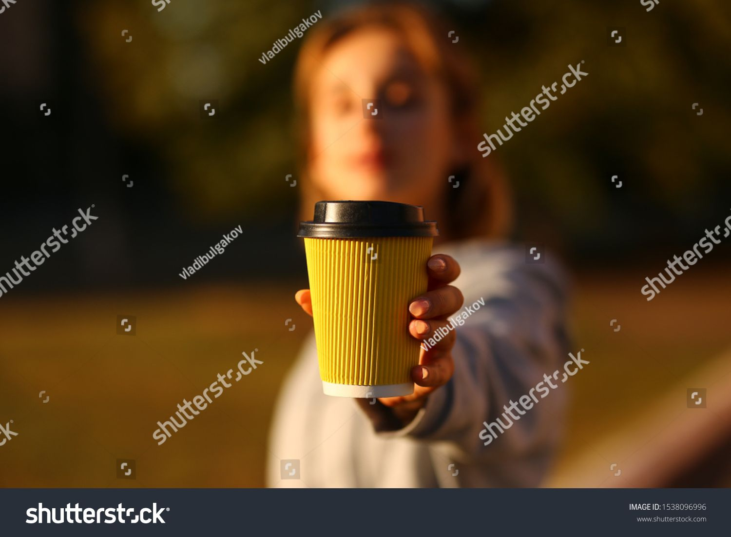 Girl Showing Paper Cup Of Coffee In His Hands Close Up American Paper Eco Cup Girl Drinking Coffee Indoors Sponsored Ad Cup Coff Paper Cup Eco Cup Cup