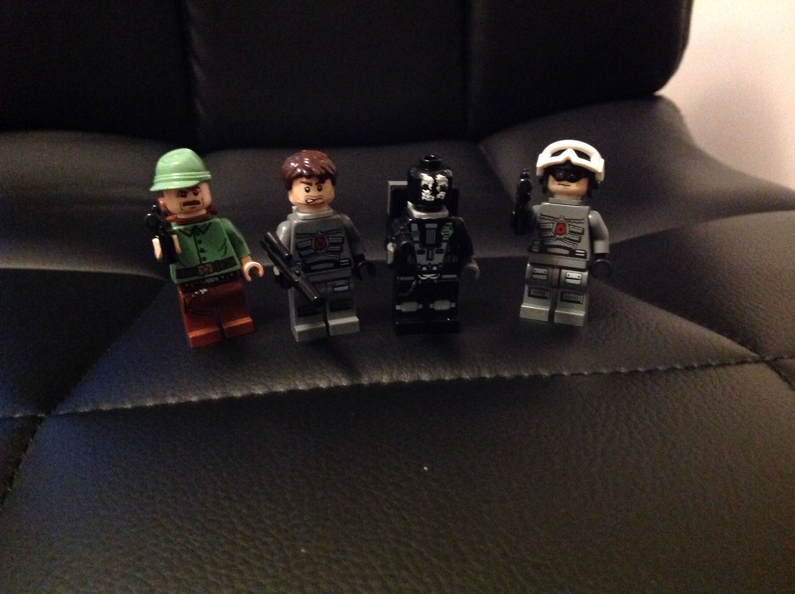 Lego Elias, Hesh, Logan, and Keegan custom figures from call of ...