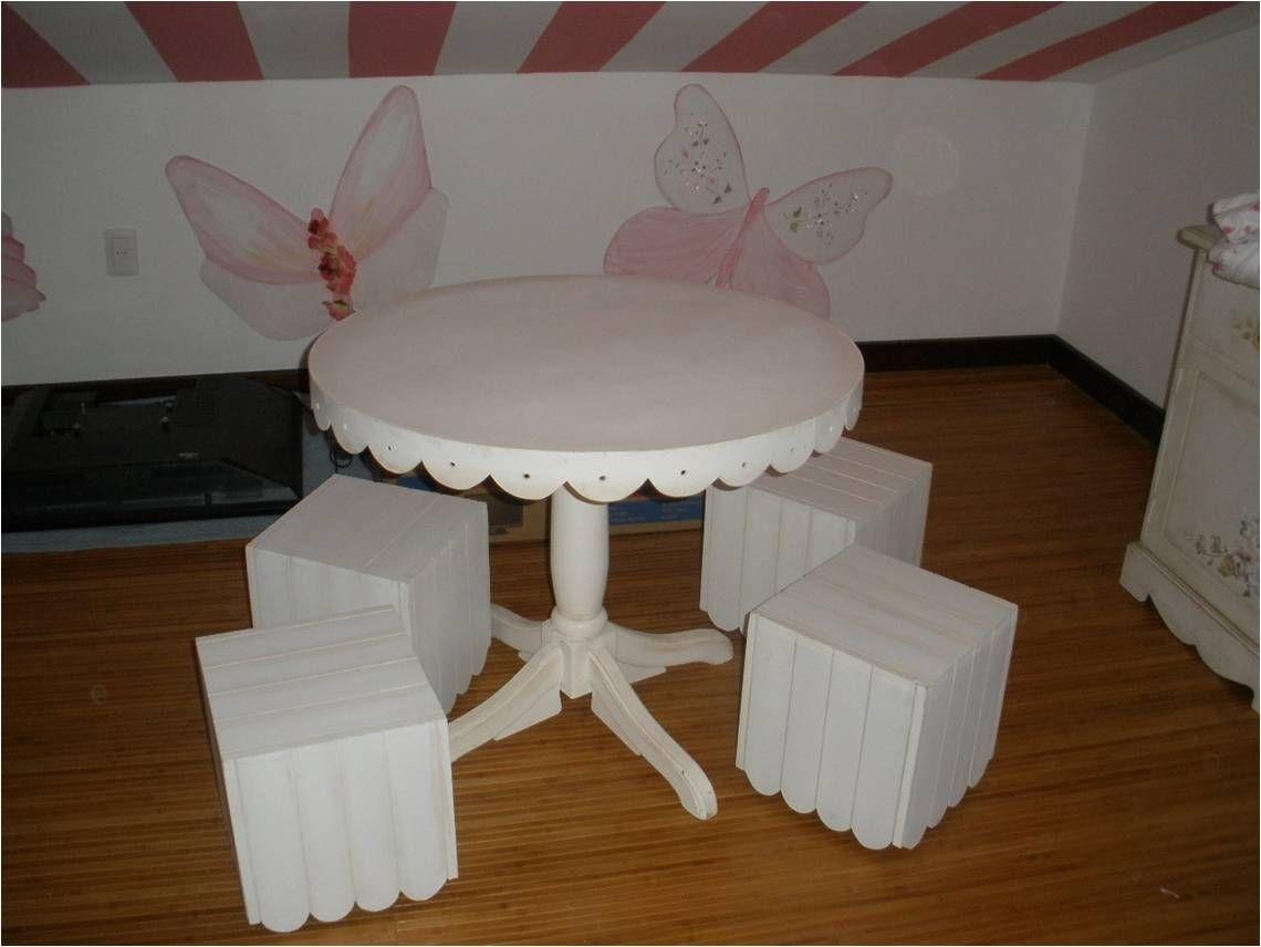Mesita redonda para niña. | Play kitchen | Pinterest | Mesa redonda ...
