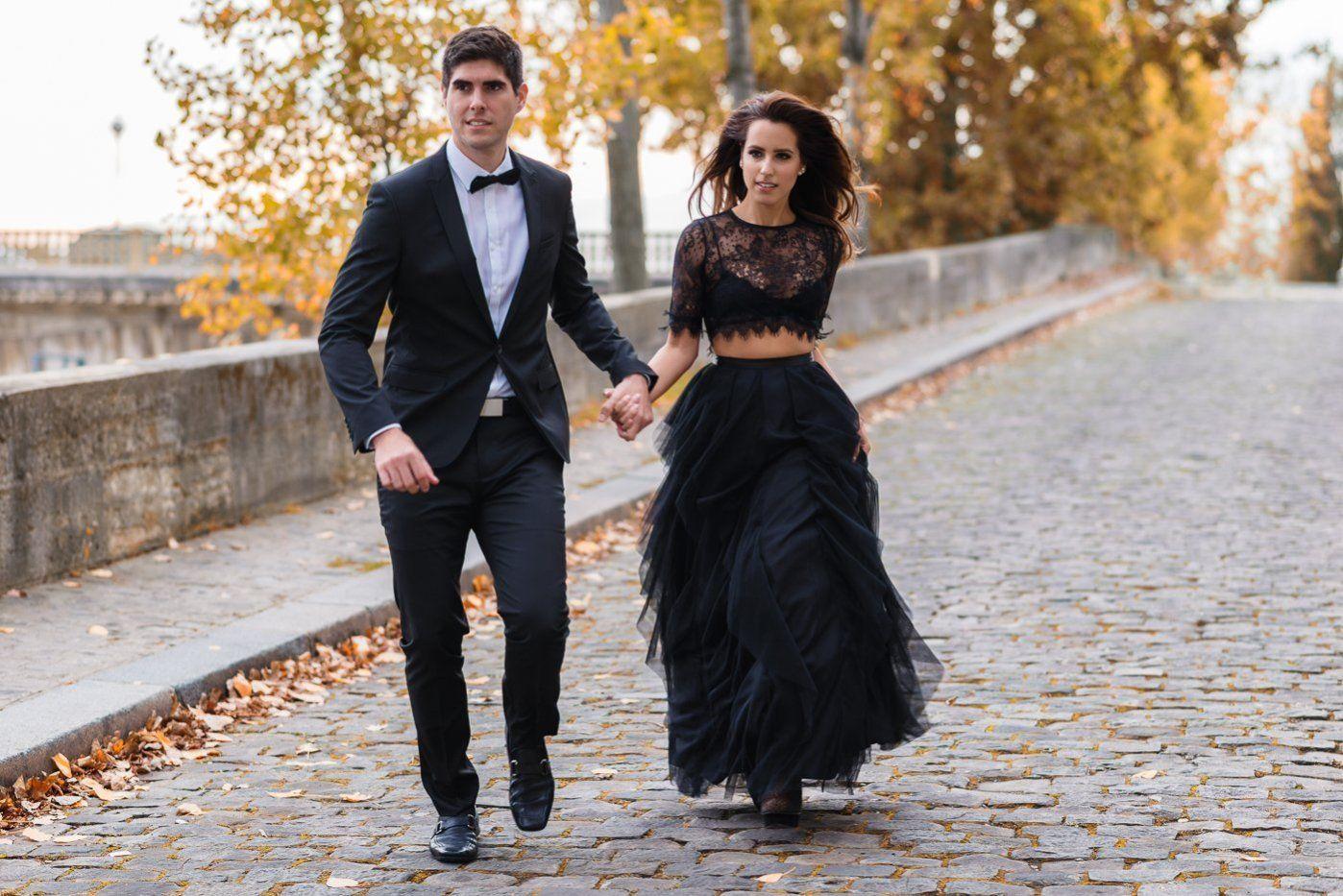 Black dress engagement photos - Miami Fashion Blogger Engagement In Paris 22
