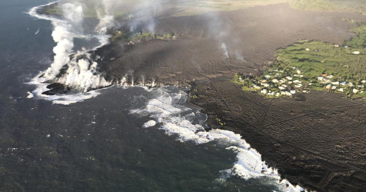 Lava transforms a Hawaiian bay into a blackened peninsula