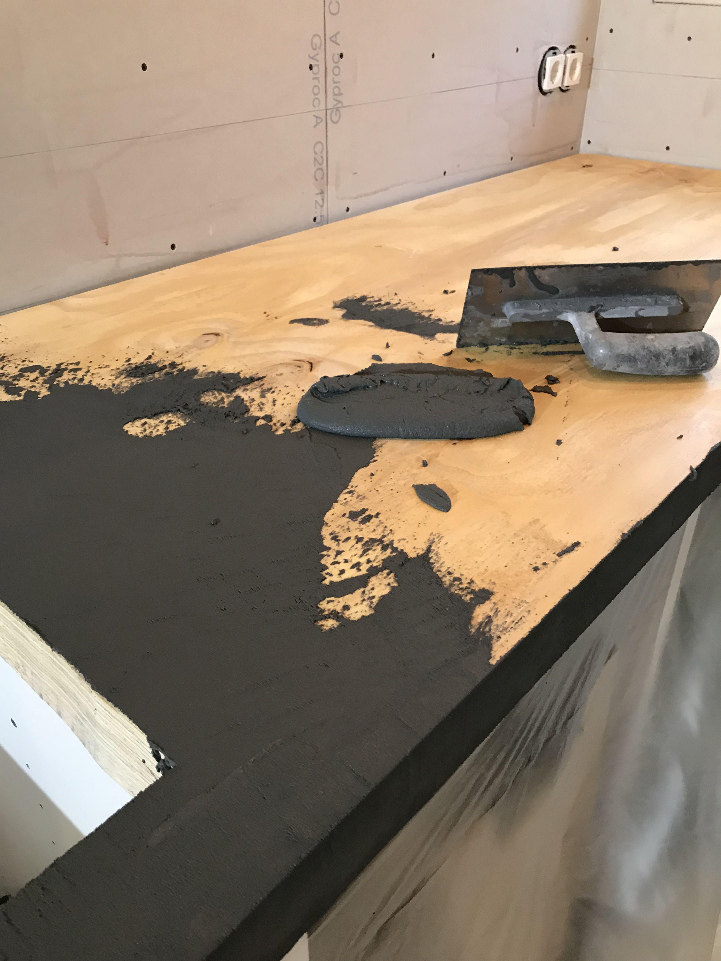 Uitzonderlijk Keukenblad maken met Betoncire,mortex betonlook over hout heen. In AV61