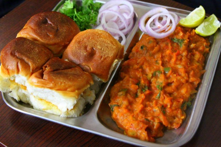 Pav Bhaji Recipe How To Make Pav Bhaji Yummy Indian Kitchen Recipe Recipes Bhaji Recipe Pav Bhaji