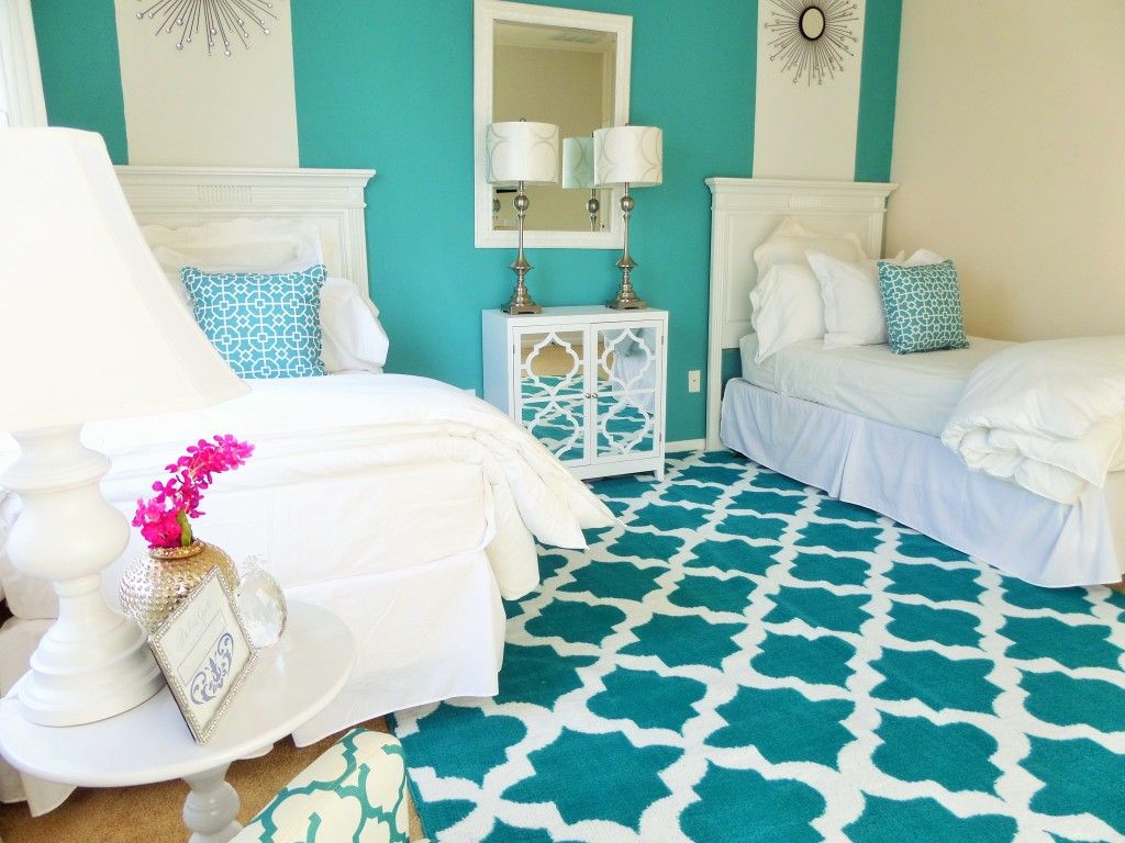 ''One Room Two Beds'' Guest Room Ideas