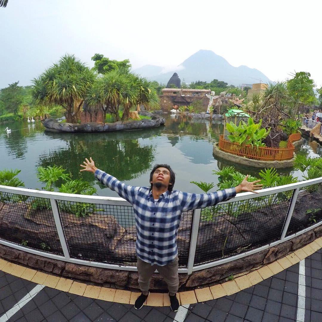 Batu Secret Zoo Luar Ruangan Habitat Instagram