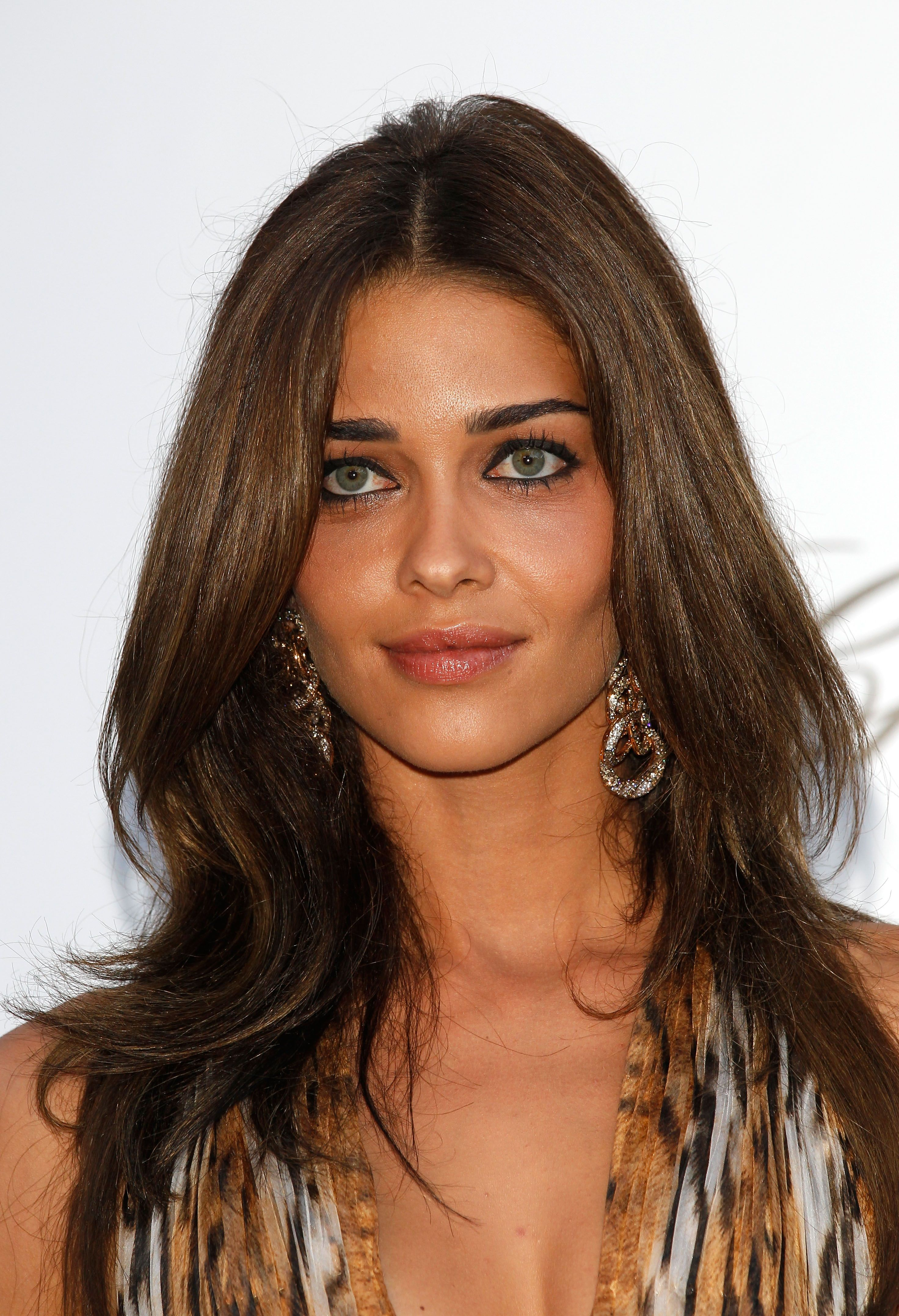 Ana Beatriz Barros Beautiful face, Brown hair and hazel