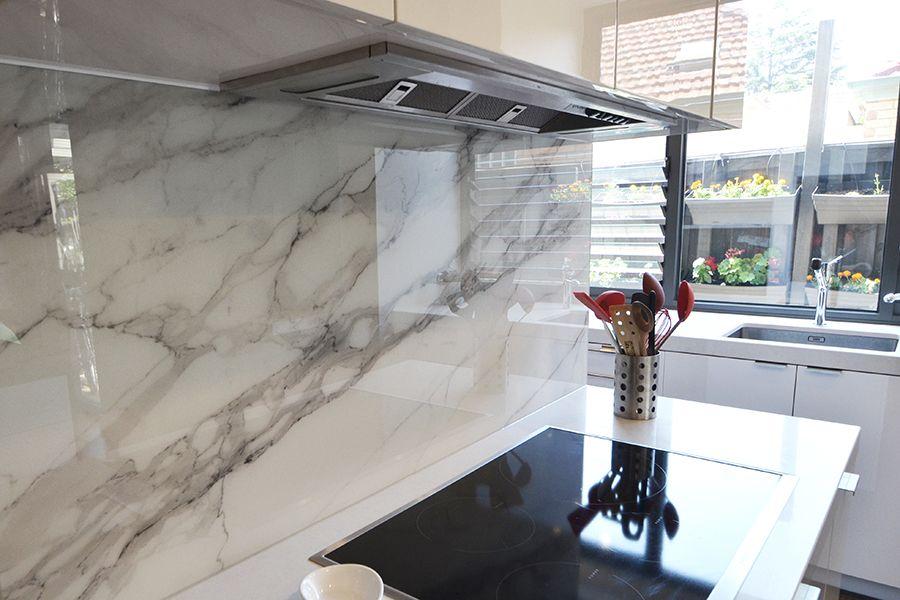 Calacatta Marble Design Printed Glass Splashback Vivant Glass Glass Splashbacks Kitchen White Modern Kitchen Glass Splashback