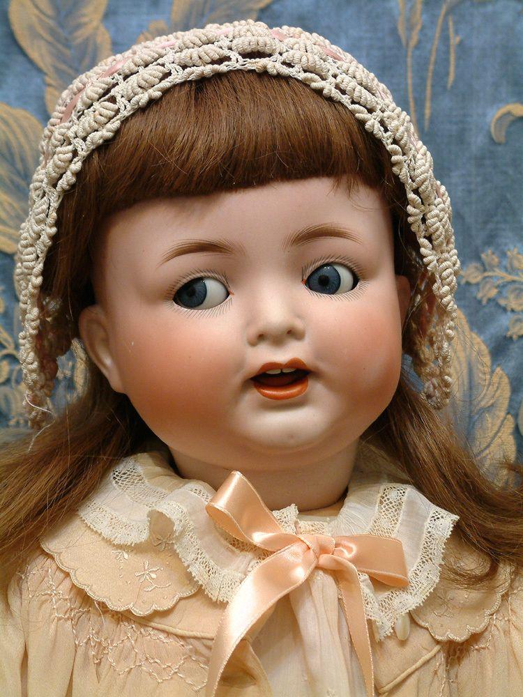 """27""""Heubach Koppelsdorf Toddler ...flirty eyes"""