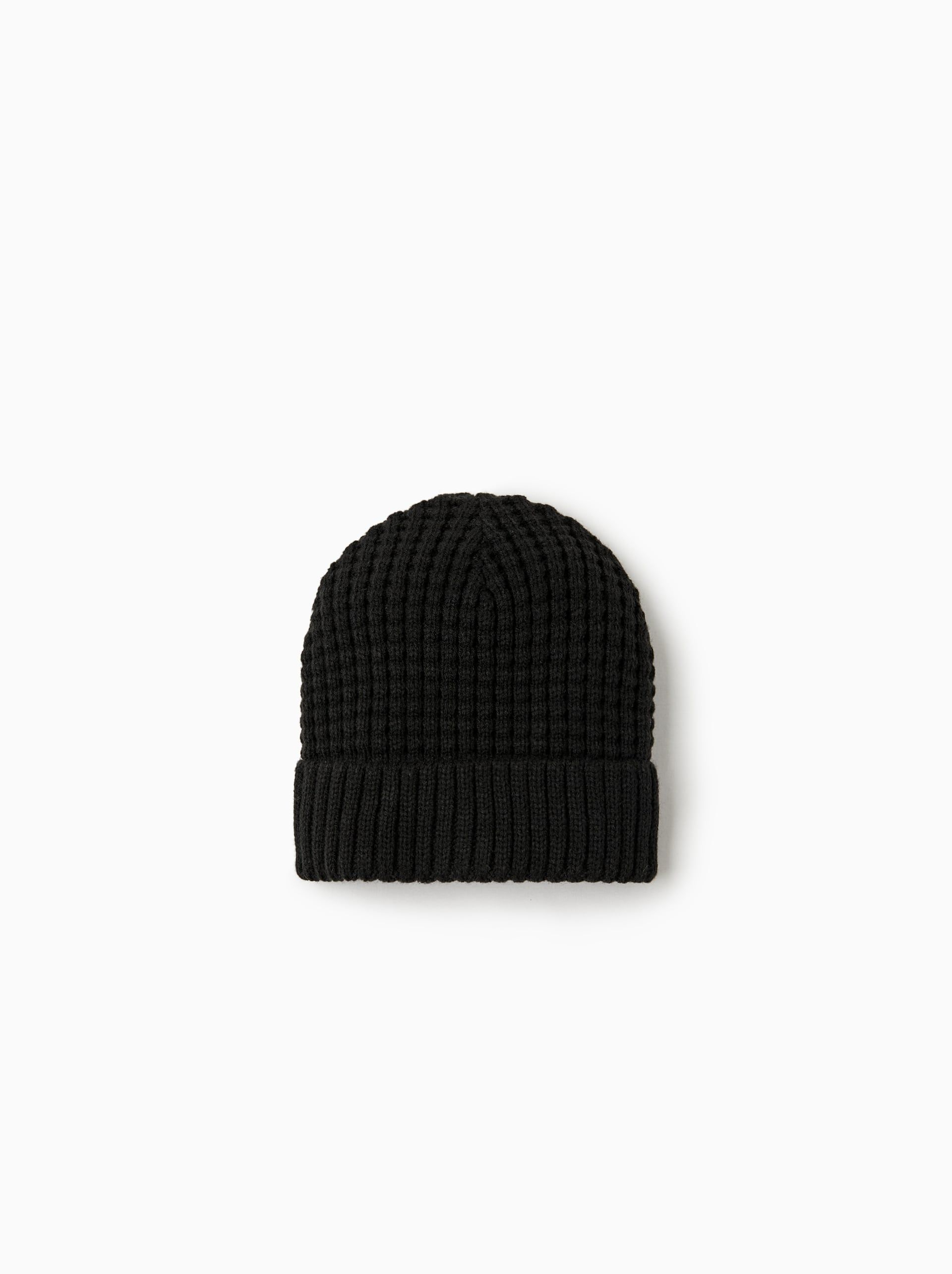 d30298225e0 Image 1 of BASIC KNITTED HAT from Zara