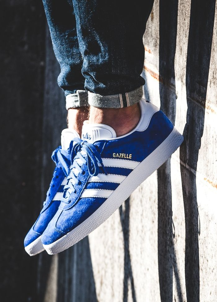 finest selection 20670 2fea1 adidas Gazelle blue  white (via Kicks-daily.com)