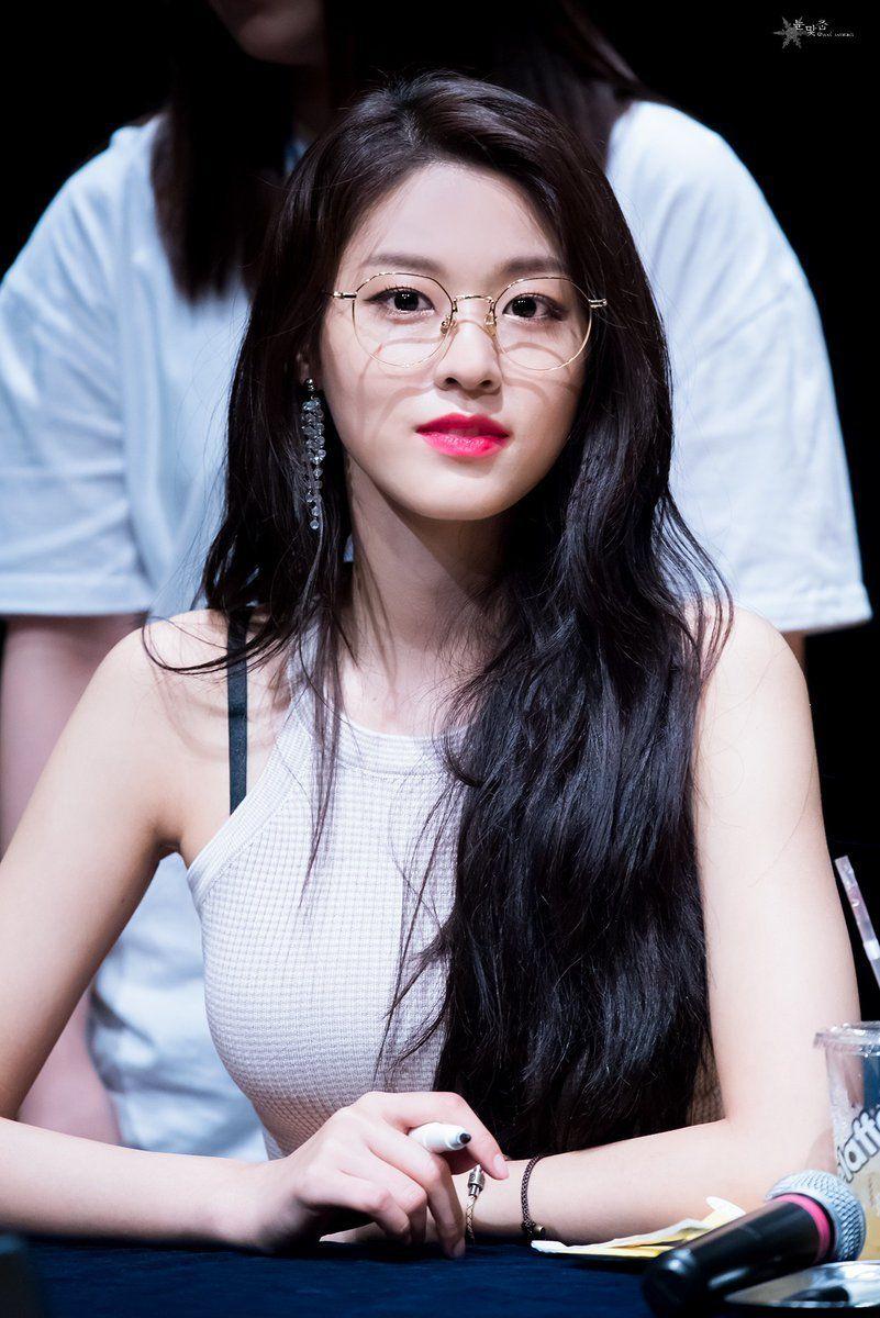 Dedicated To Female Kpop Idols Seolhyun Kim Seol Hyun Korean Beauty